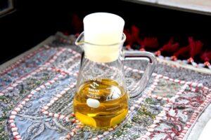 自家製ハーブオイルに挑戦!簡単レモングラスオイルの作り方と活用レシピ